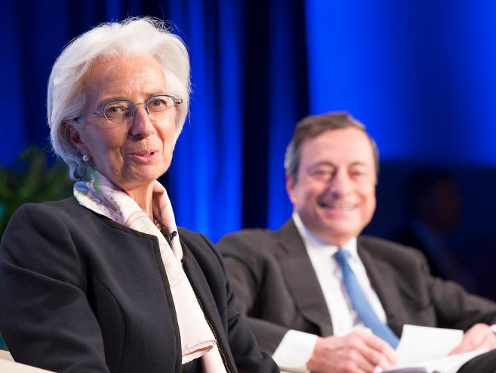Centralbankerne i kamp mod politikerne